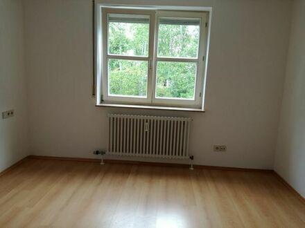 Helle 2 Zimmerwohnung in Stuttgart- Hofen mit Einbauküche