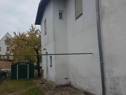 Baugrundstück Uttenreuth mit Altbestand-Haus, teilw. Sandstein