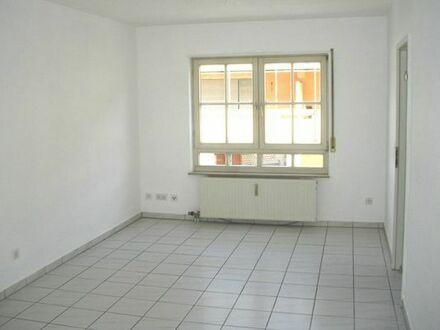 Gewerbeeinheit in Schwetzingen für Büro, Praxis, Atelier oder zu Wohnzwecken.