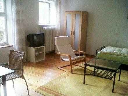 Bild_Möblierte 4-Zimmer - Etage in Berlin-Hermsdorf
