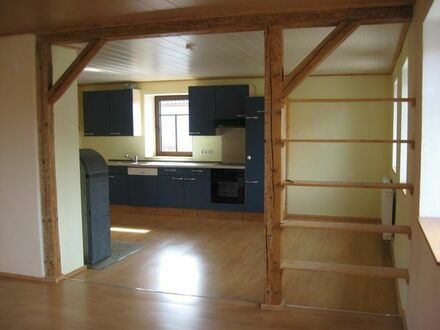 5-Zimmerwohnung, Küche, Bad;