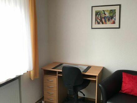 Möbliertes Zimmer an Wochenend-Heimfahrer