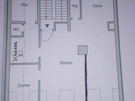 Gepflegte 2-Zimmer-Loft-Wohnung. GroßeTerrasse und Einbauküche