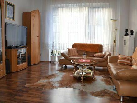 Möbelierte 3-Zimmer-Wohnung in Düsseldorf-Stadtmitte zu vermieten
