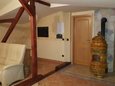2 Zimmer 72qm möbliert oder LEER spezieller super Schnitt / Fachwerk/ Kaminofen / Klima/tolles Bad