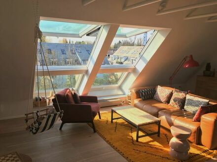 Großzügige 5-Zimmer-Dachgeschosswohnung direkt am Forstenrieder Park