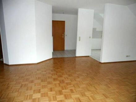 Helle und moderne Wohnung in Mosbach-Neckarelz mit 3 Zimmer, Loggia und TG-Stellplatz