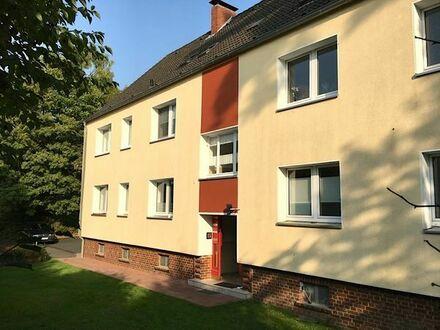 Schöne, helle 3,5 Zimmer Maisonette Wohnung mit Stellplatz im Grünen